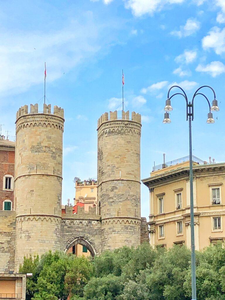 Monumento di Porta Soprana a Genova
